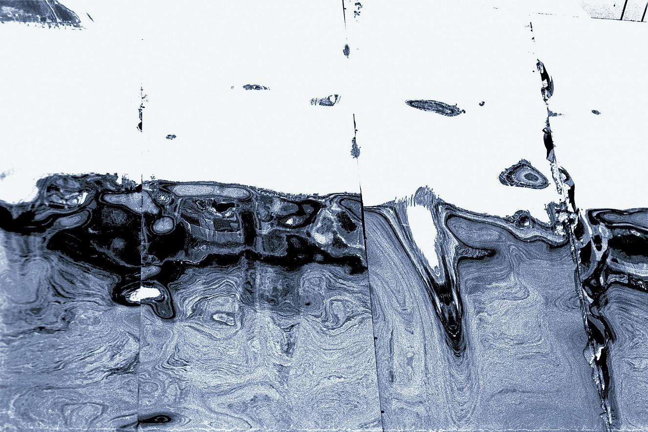 Roosevelt Blue  Tecco Iridium silver gloss on Aludibond  90x120 cm, 2017