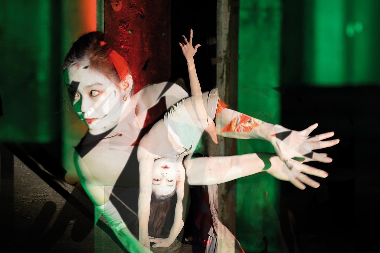 Yamamay - Dancer Aya Irizuki  Chromira pearl on Aludibond  50x75 cm, 2013