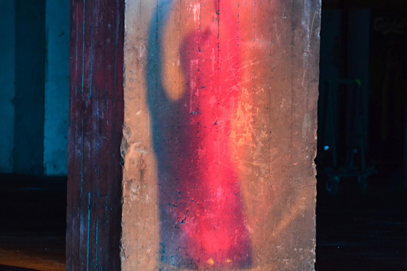 Tangente- Dancer Verena Wilhelm  Fine Art Print metallic on Aludibond  60x60 cm, 2018