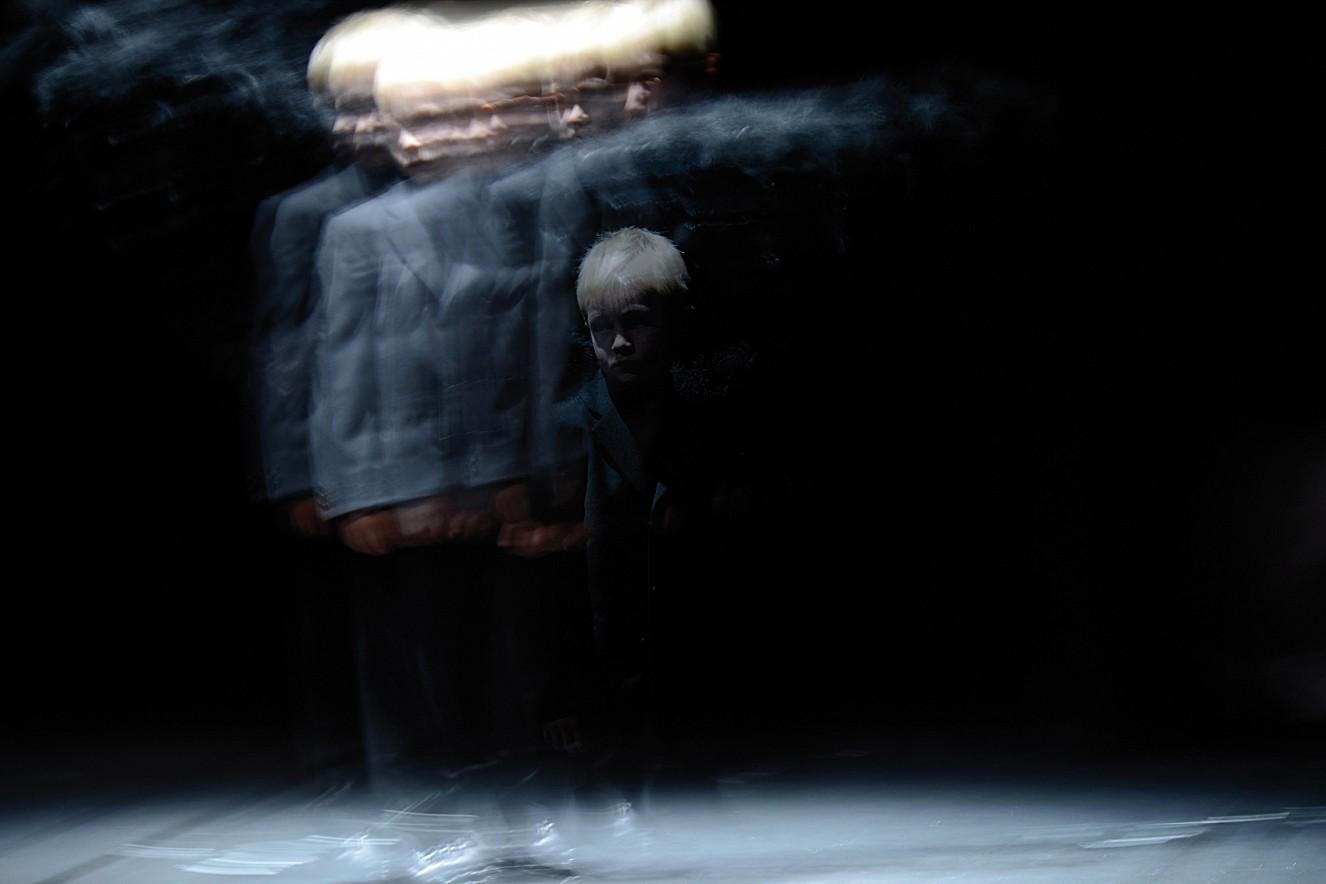 Hades (Junge)  Chromira pearl on Aludibond  100x145 cm, 2013