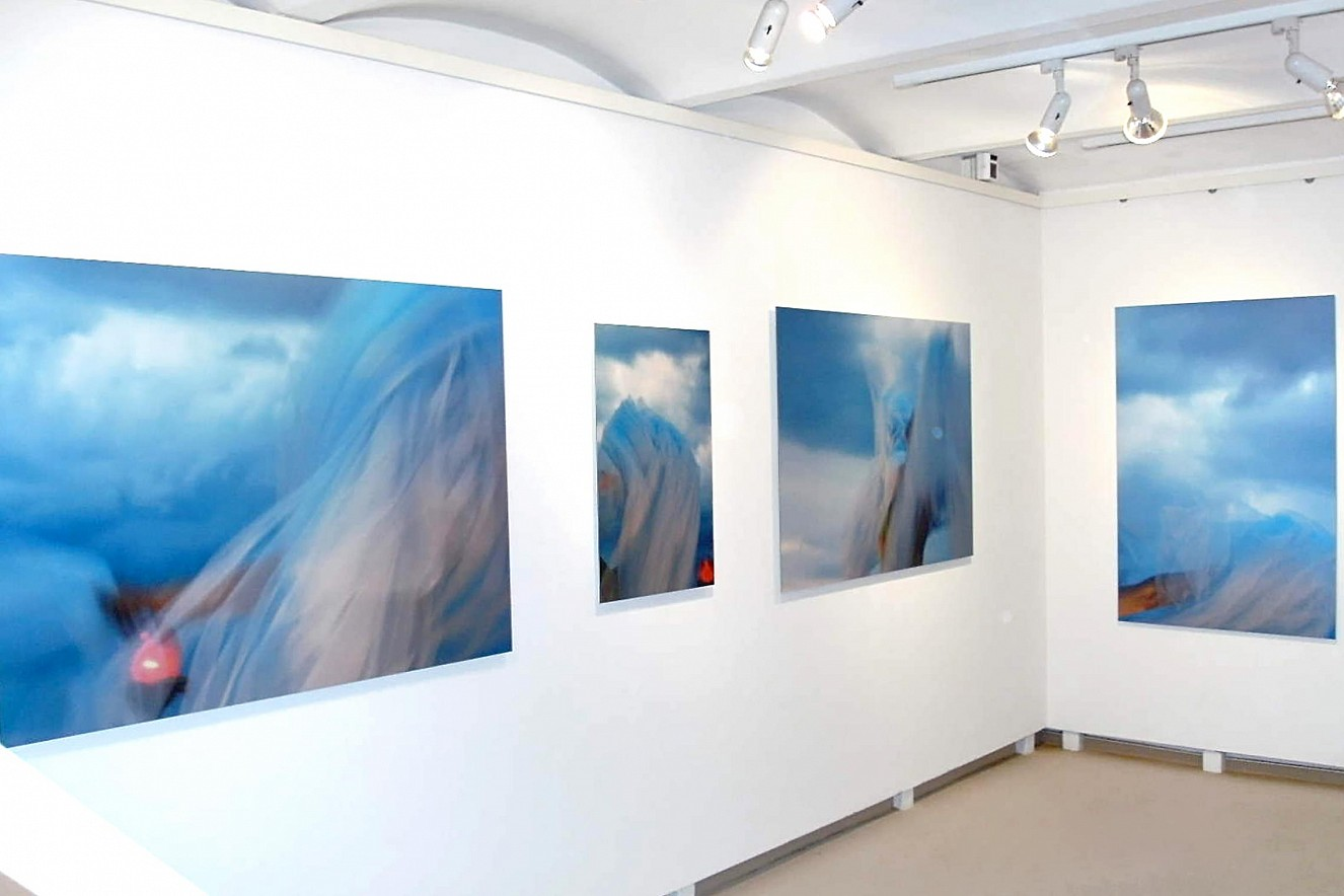 IntheSky - Werkserie  Fine Art Print Metallic on Aludibond  Galerie Haasner, Wiesbadener Fototage, 2011