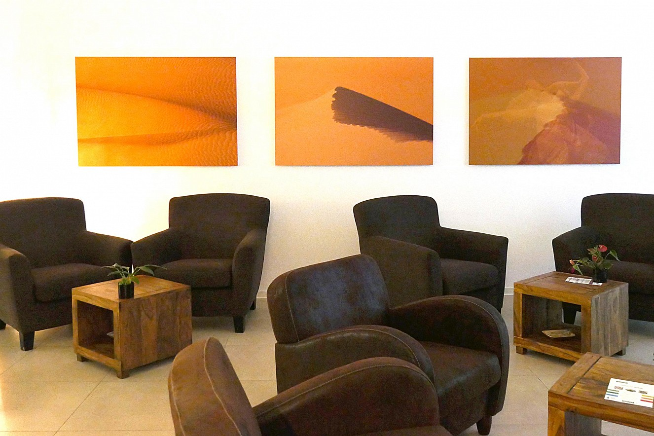 Desert Dance  Fine Art Print Metallic on Aludibond, je 90x130 cm  Ausstellung In Perpetuum, Haelthy Bar, Berlin
