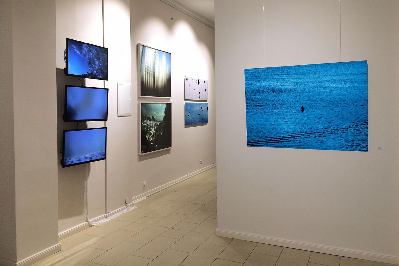 Hudson  und Offramp I, II und Riverine Zone  Videoinstallation von Philipp Geist