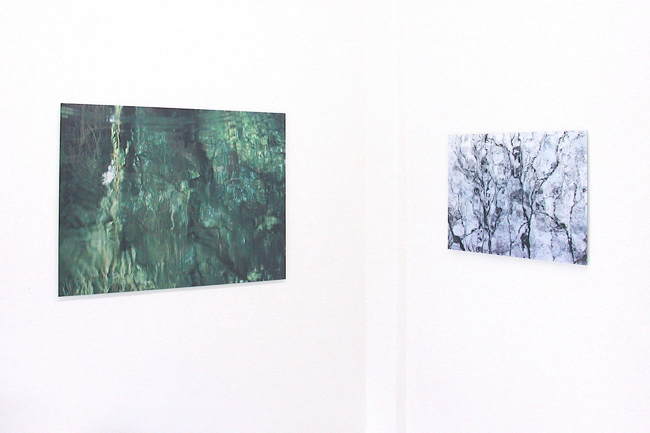Momentum and Ariel  90x130 cm, Fine art Print metallic on Aludibond  60x90cm, Fine art Print under glass