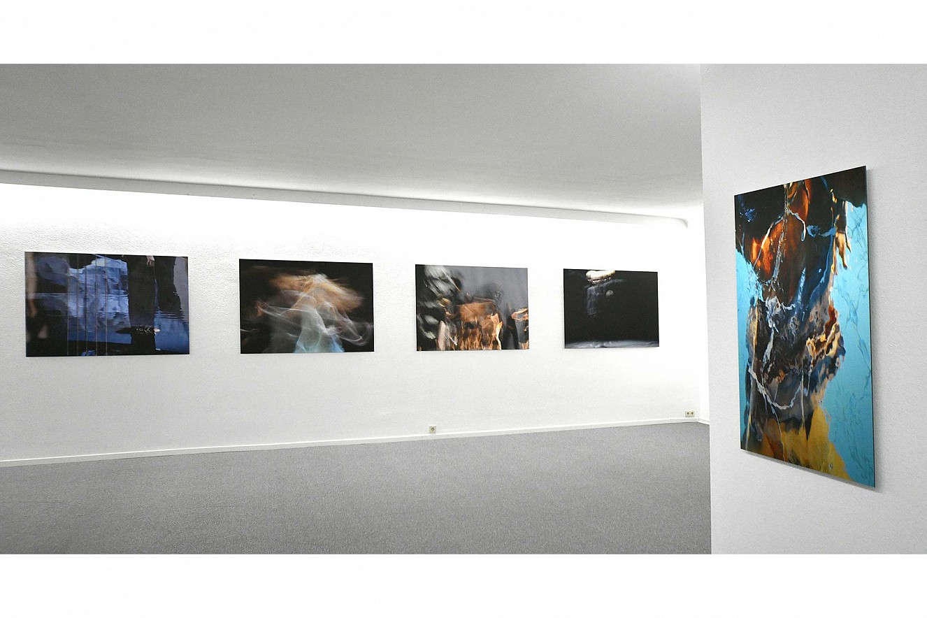 Orfeo  und Macha Strings  je 100x145 cm Fine Art Print Metallic auf Aludibond  Galerie Karin Melchior, Kassel, 2019