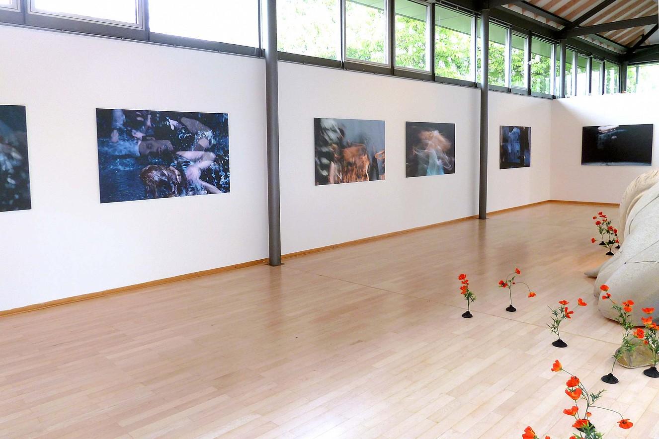 Tanz&Tod, Werkserie Orfeo  Chromira pearl auf Aludibond  je 100x145cm, Sepukralmuseum Kassel