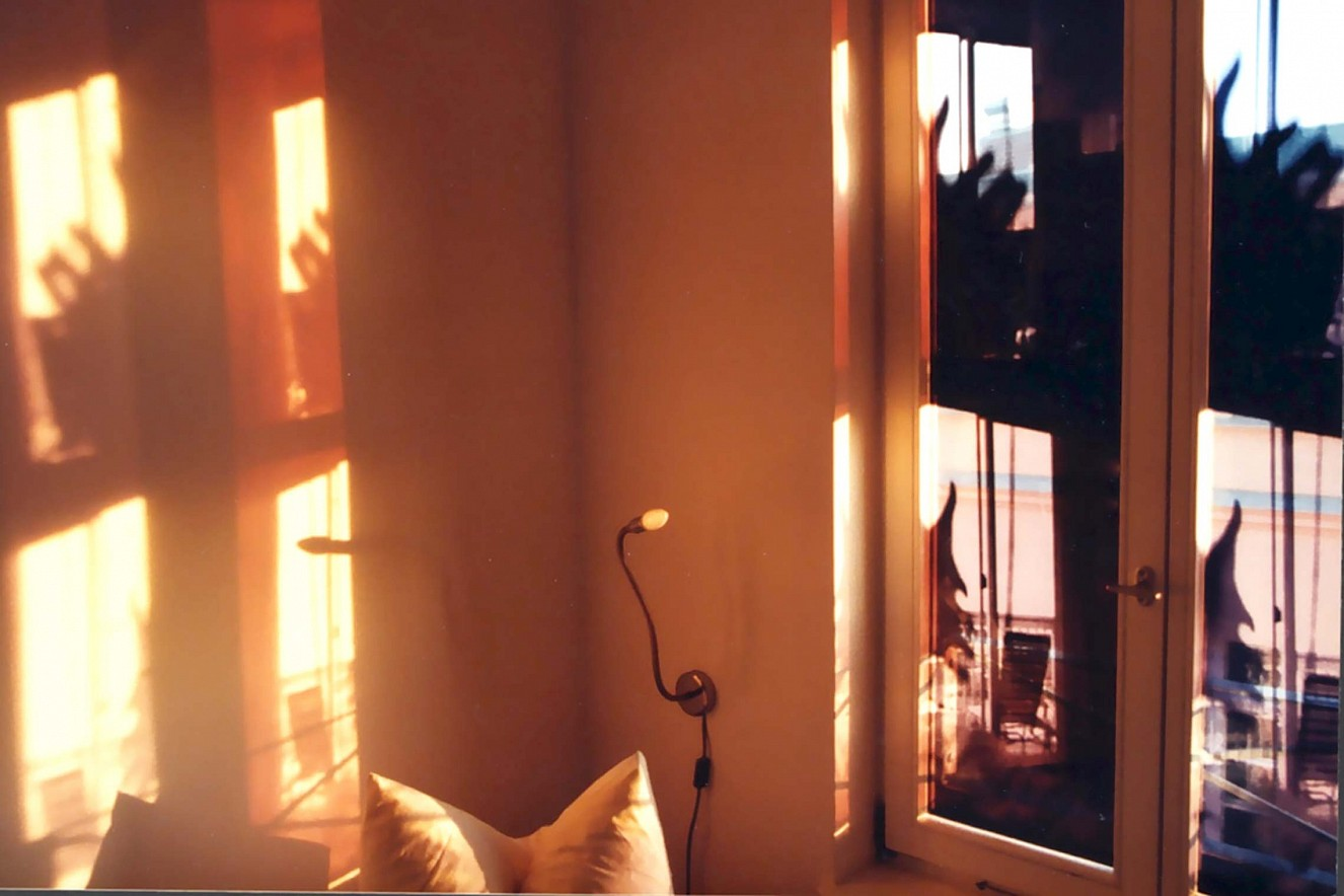 Capital  Window Shadows, Foto auf Glas im Fenster,   ca. 2,5 qm, art\'otel Luise, Berlin