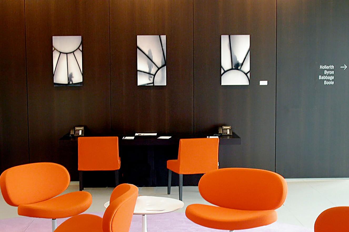 Über die Dächer I - III  Endura translucent in Lightboxes  je 70x100 cm, Accenture Gmbh, Taunusstein