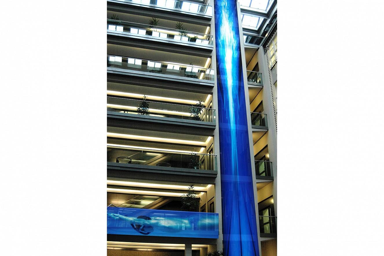 Water Falls   Photos on glass facade ca. 30 qm,  Berliner Wasserbetriebe